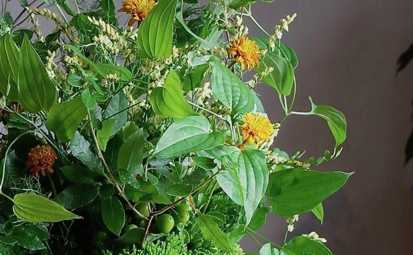 グリーンいっぱいの花束-1
