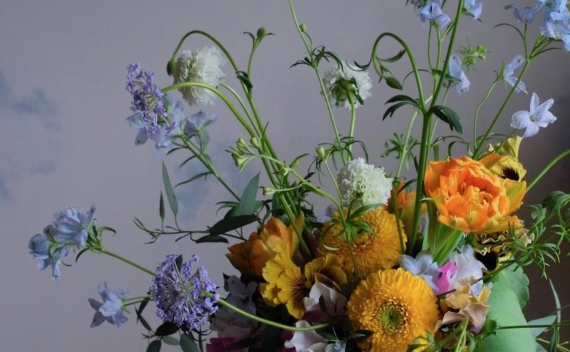 春のふんわりドームアレンジメント-2