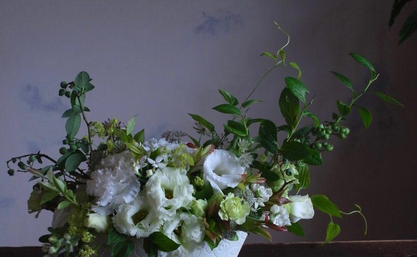 グリーン&ホワイト 生花アレンジメント