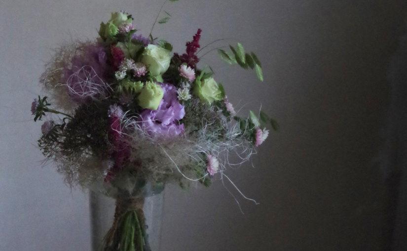 フラワーアシストを使った花束